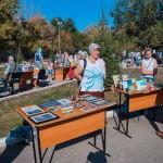 На территории храма во имя Всех святых, в земле Российской просиявших состоялась благотворительная ярмарка