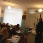 Священник провел беседу с учителями школы № 43