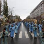 В крестном ходе в день празднования в честь Казанской иконы Божией Матери приняло участие свыше семи тысяч человек