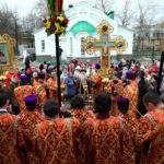 Божественная литургия в храме во имя Всех Святых, в земле Российской просиявших г.Саратова