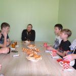 Воспитанники социально-реабилитационного центра «Возвращение» встретились со священником