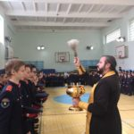 Священник встретился с учащимися казачьей школы №43 города Саратова