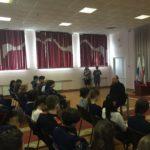 Священник рассказал учащимся казачьих классов об опасности сект