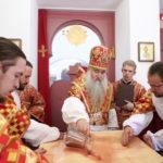 Митрополит Лонгин совершил Великое освящение храма святой великомученицы Екатерины г. Саратова и Божественную литургию в новоосвященном храме