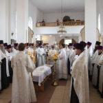 Митрополит Лонгин совершил отпевание иерея Александра Сычева