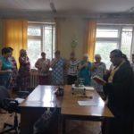 Священник совершил молебен в военкомате Заводского района