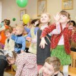 В храме св. Космы Саратовского прошло мероприятие для детей из многодетных семей и детей-инвалидов